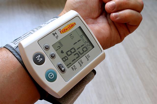 Was Sie über erhöhten Blutdruck nach dem Essen wissen sollten